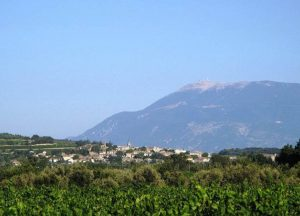 Mont Ventoux met Visan op de voorgrond